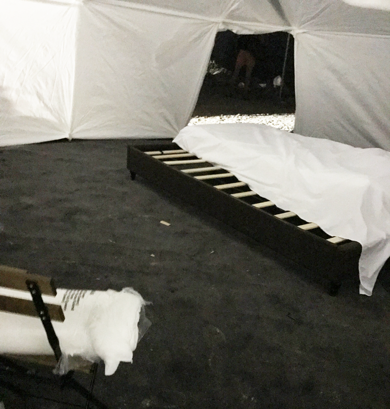 Fyre festival bed